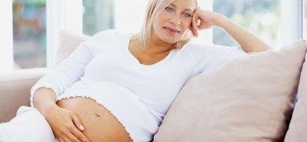 Поздние роды: насколько велик риск?